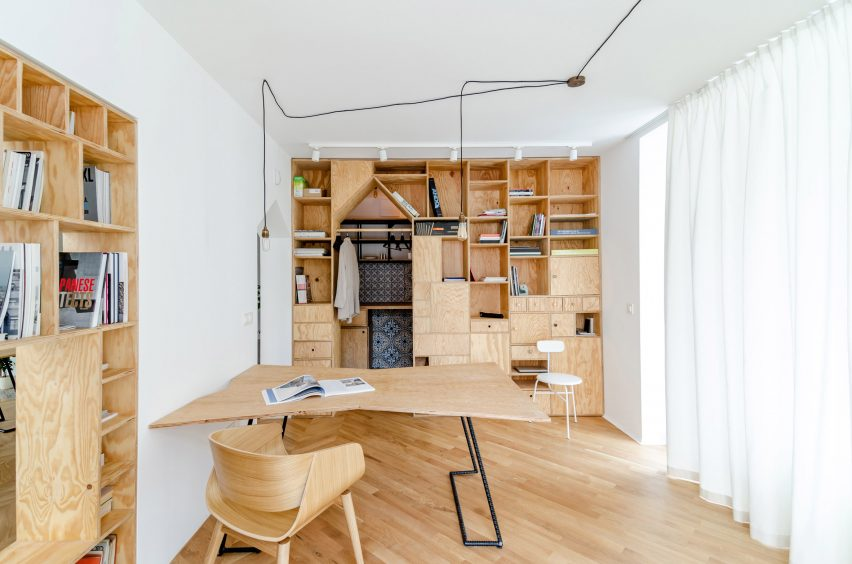 studio-space-another-studio-self-designed-bulgaria-renovation_dezeen_2364_col_0-852x564.jpg