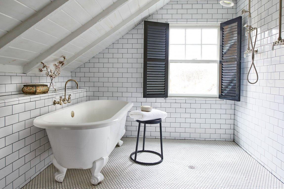 вариант облицовки плиткой ванной